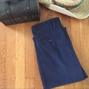 Old Navy khaki ultimate straight 31 x 30 navy pant